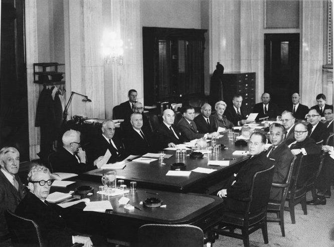 Photo of the Republican Policy Committee In the Chamber room